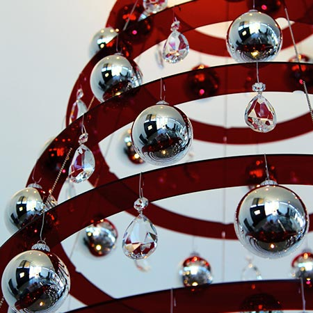 Red Christmas Tree Shiny bulbs