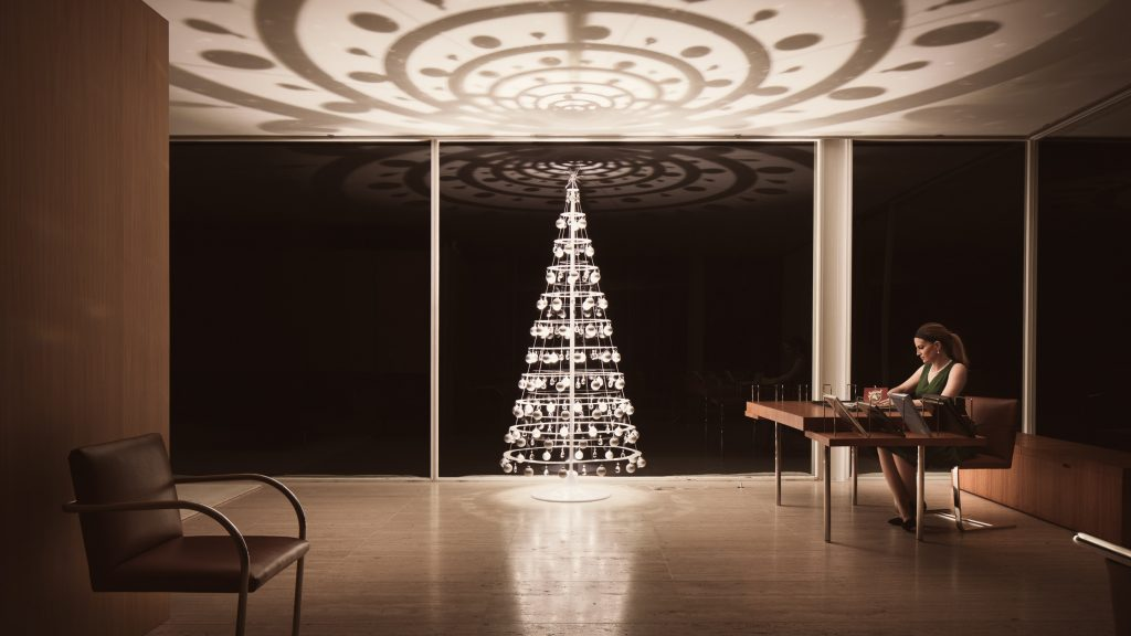 The Modern Christmas Tree in the Farnsworth House