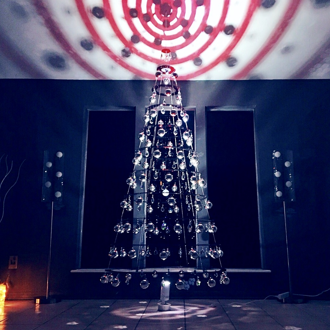 Hanging Red Ruby Christmas Tree