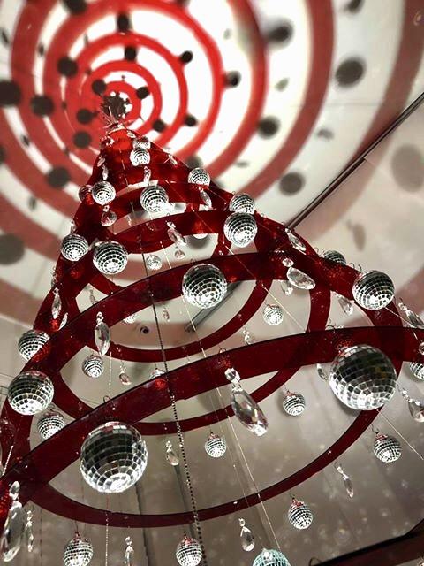 Red Hanging Modern Christmas Tree